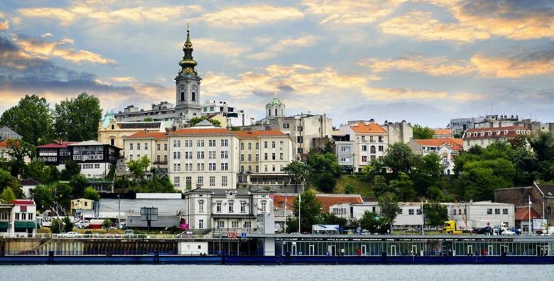 [BEOGRAD] 3 dana za dvoje u hostelu uz 90 minuta uzbudljivog krstarenja Dunavom i Savom za 489 kn!