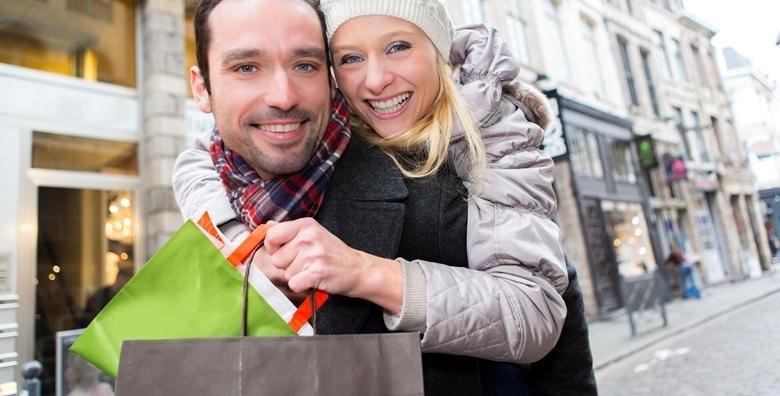 Božićni shopping u Parndorfu i adventski sajam u Eisenstadtu, gradu skladatelja Josepha Haydna - cjelodnevni izlet s prijevozom za 249 kn!