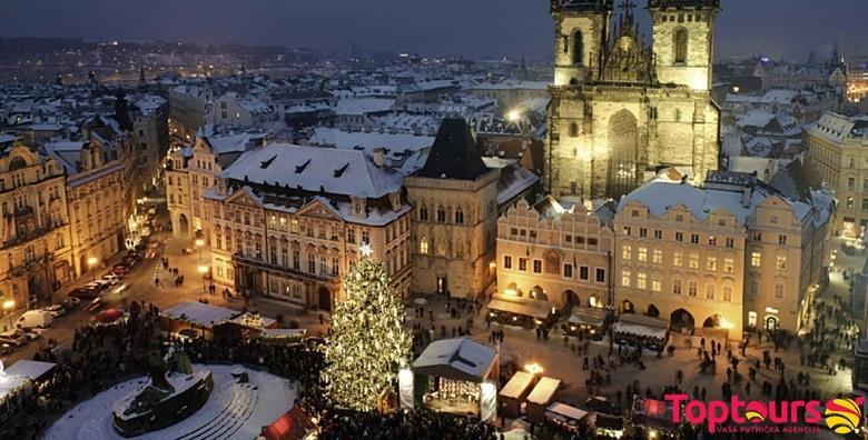 [ADVENT U PRAGU] Blagdanska čarolija u gradu veličanstvene, gotičke ljepote uz posjet Češkom Krumlovu za 689 kn!