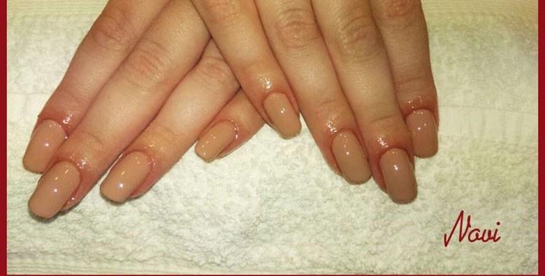 Manikura uz geliranje prirodnih noktiju ili ugradnju i gel - slika 3
