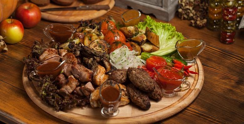 Glavno jelo po izboru, prilog, salata, juha i desert