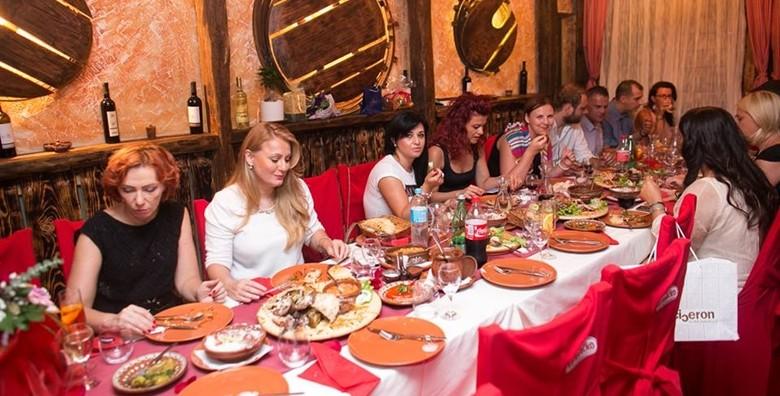 Makedonski restoran - plata za 4 osobe - slika 2