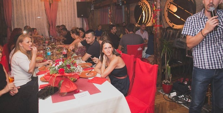 Makedonski restoran - plata za 4 osobe - slika 3
