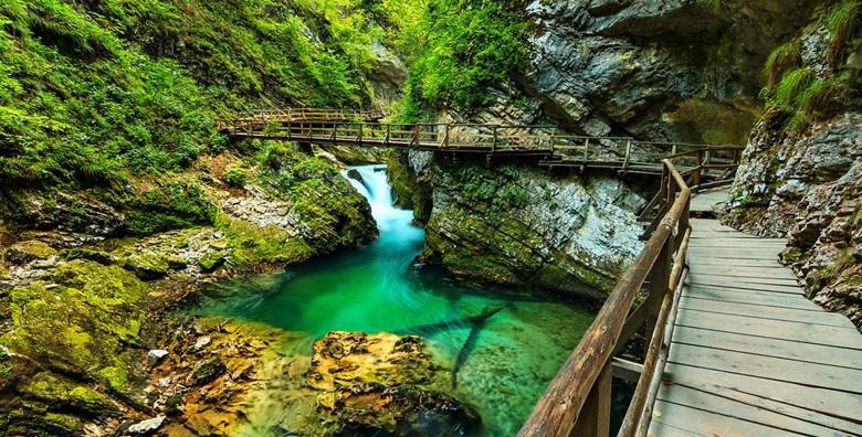 [BLED] Izlet na ledenjačko jezero podno moćnih Alpi i kanjon Vintgar, jednu od najslikovitijih slovenskih prirodnih znamenitosti za 149 kn!