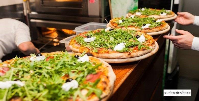 Jumbo pizza po izboru u ugodnom ambijentu pizzerije Desiree za samo 45 kn!