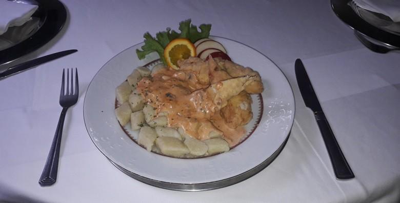 Zagrebački popečci, pileća ragu juha, njoki, salata i desert - slika 5
