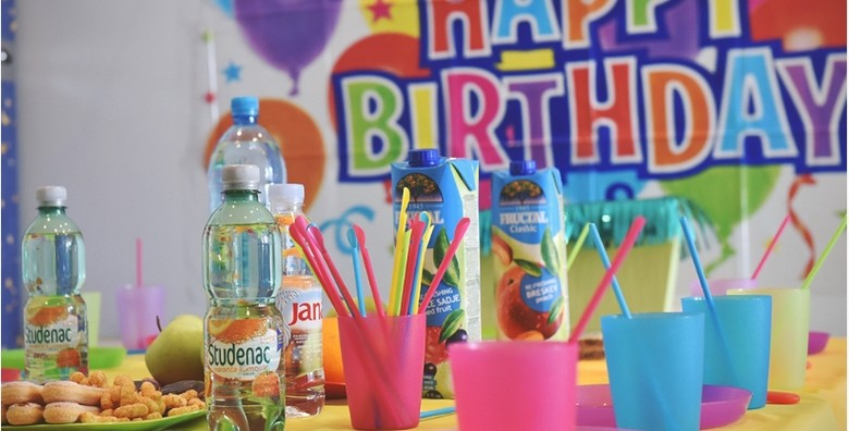 Rođendan po izboru za do 20 djece - 2 sata, torta, animatori - slika 13