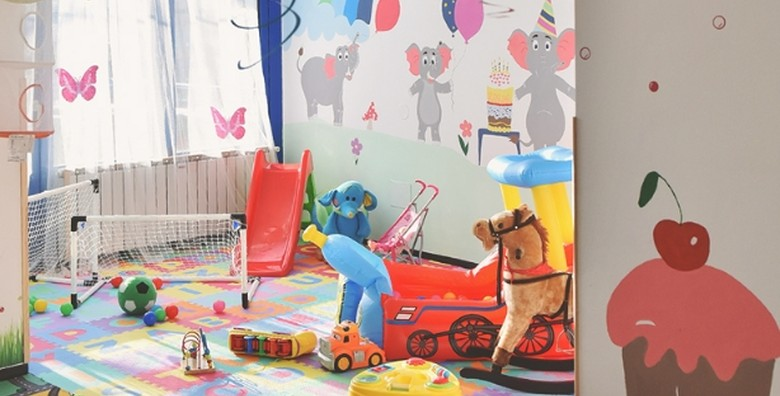 Rođendan po izboru za do 20 djece - 2 sata, torta, animatori - slika 9