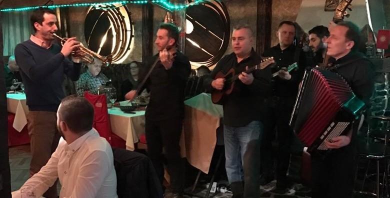 Makedonski restoran - meni za 4 osobe - slika 10