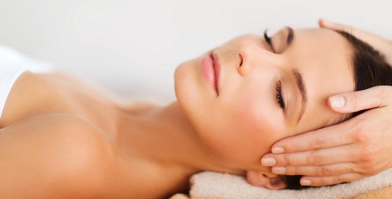 Čišćenje lica uz piling, masažu i masku kolagena