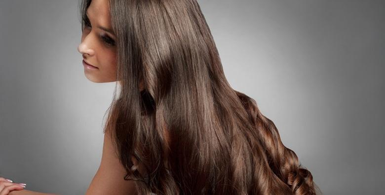 Bojanje ili klasični pramenovi uz pakung, šišanje i fen frizuru za sve dužine kose u Frizerskom salonu Alexandra D za 129 kn!