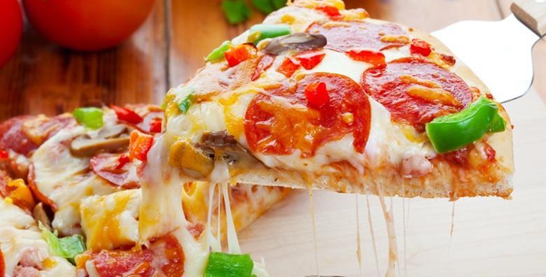 2 velike pizze po izboru za samo 39 kn!