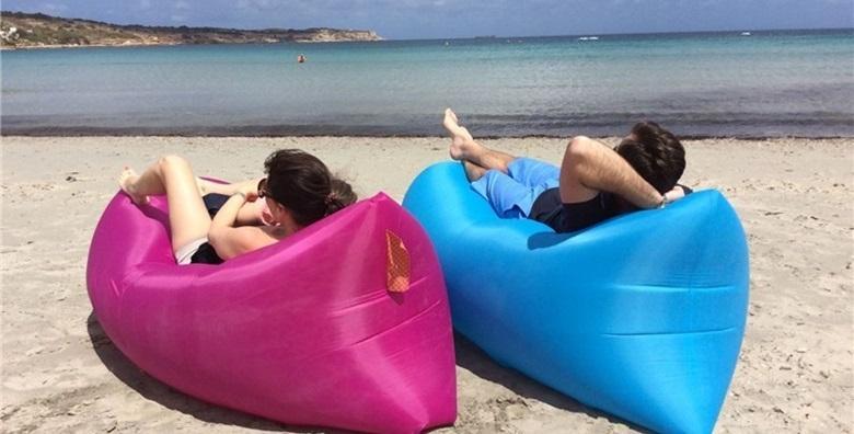 [AIR SOFA] Idealna za plažu, kampiranje, piknik ili festival - lako se puni zrakom i u samo par sekundi spremna je za uporabu za 299 kn!