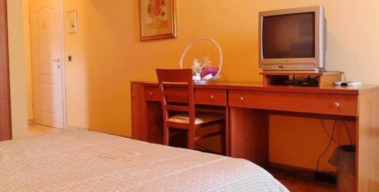 Pula - 3 dana za dvoje u sobama Ville Tisa*** u blizini mora - slika 7