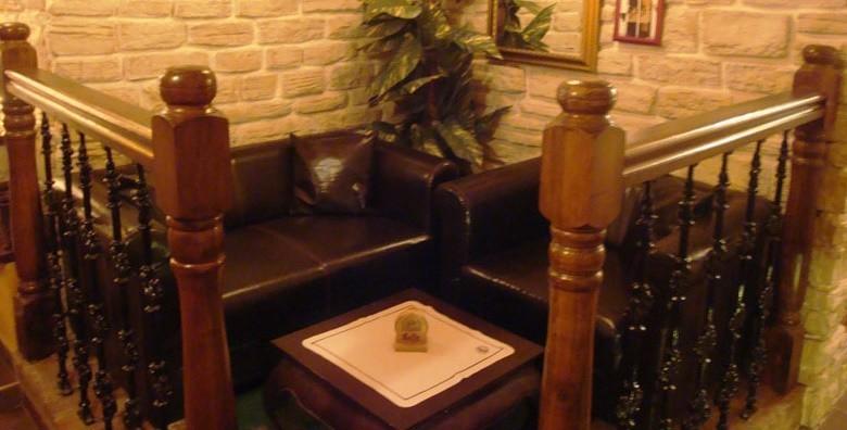 Mesni uštipci, ćevapi, grill kobasice, vratina i prilozi - slika 8