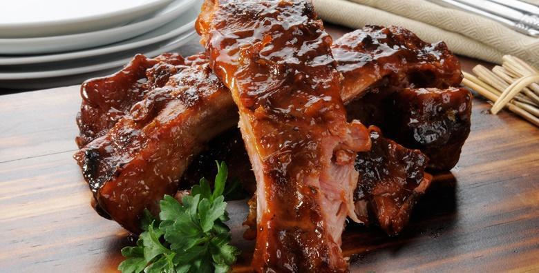 [THE MOVIE PUB] Rebarca u BBQ umaku, vrhunski pečeno meso uz prilog po izboru za 2 osobe - bogatstvo okusa za 99 kn!