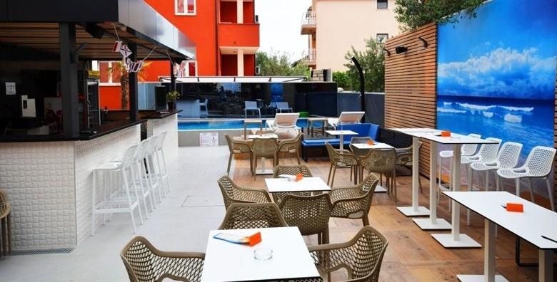 Vodice - 3 dana s doručkom za dvoje u Hotelu Stella Maris*** - slika 16