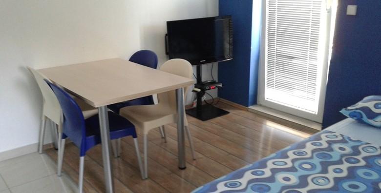 Vodice, apartmani*** - 3 ili 7 dana za 2 do 4 osobe do 30.9. - slika 12
