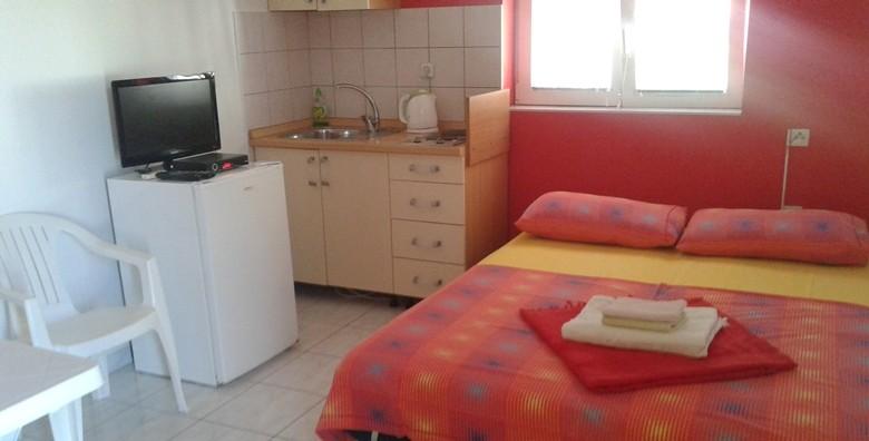 Vodice, apartmani*** - 3 ili 7 dana za 2 do 4 osobe do 30.9. - slika 10