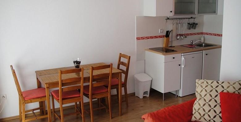 Šibenik, Brodarica - 3 dana za 2 - 4 osobe u apartmanu*** - slika 6