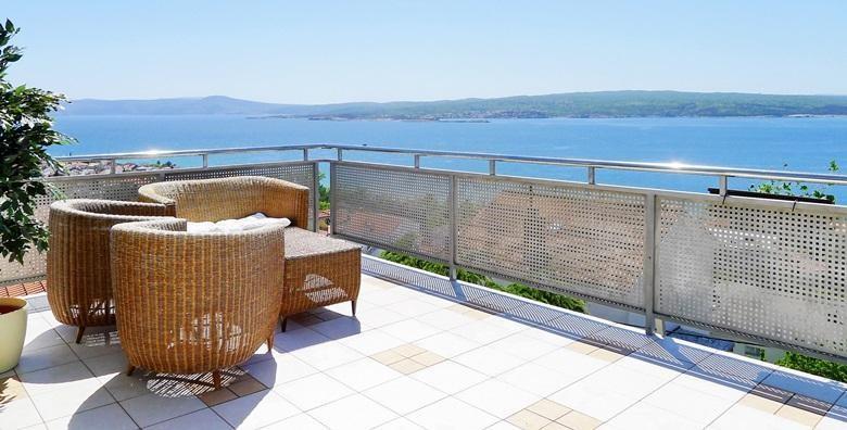 [CRIKVENICA] 2 ili 3 dana s polupansionom za dvoje u Hotelu Villa Aurora*** u neposrednoj blizini poznate plaže Crni mol od 499 kn!