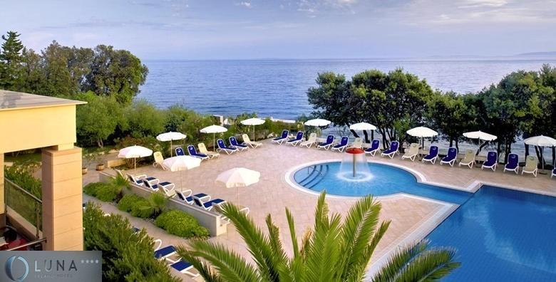 [PAG] Hotel Luna Island**** - 2 dana s polupansionom za dvoje uz neograničeno korištenje bazena, sauna i fitnessa - EKSKLUZIVNO za samo 526 kn!