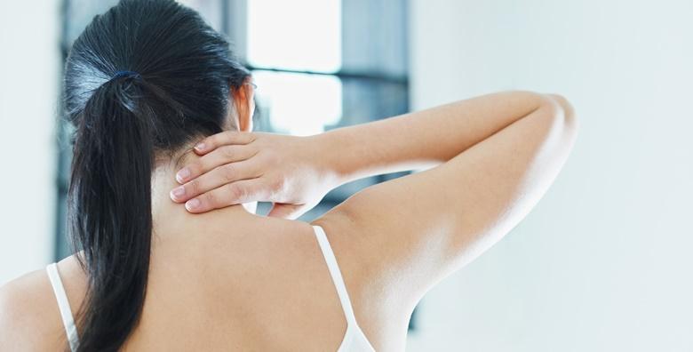 Tretman kiropraktike s elektrostimulacijom, akupresurom, intersegmentalnom masažom i manipulacijom za 99 kn!