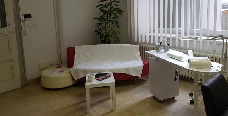 Čišćenje lica ultrazvučnom špatulom i oblikovanje obrva - slika 3