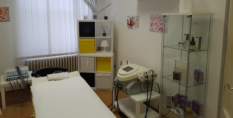 Čišćenje lica ultrazvučnom špatulom i oblikovanje obrva - slika 5