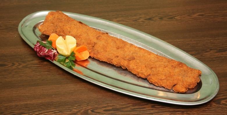 Pureći ili svinjski zagrebački od pola metra u bistrou Slatinski gaj već od 39 kn!