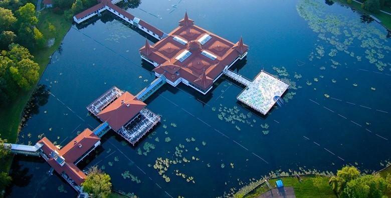 [MAĐARSKA] 3 dana za dvoje u Villi Lira tik do termalnog jezera Hévíz - drugog najvećeg u svijetu, iskoristivo do 30.9. za 518 kn!
