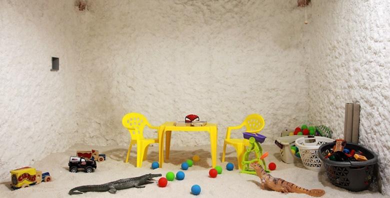 Vaše dijete ima problema s alergijama, astmom, bronhitisom i disanjem? Redoviti odlasci u slanu sobu mogu olakšati sve navedene tegobe!