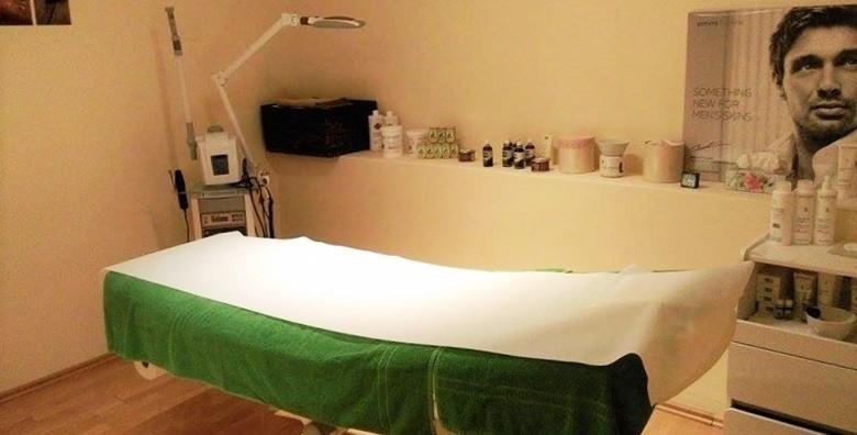 Medicinska pedikura s lakiranjem i masažom stopala - slika 4