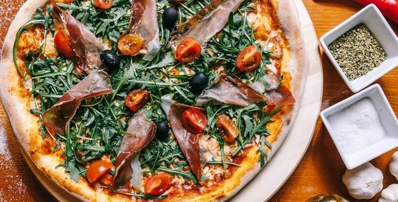 Jumbo pizza po izboru - slika 3