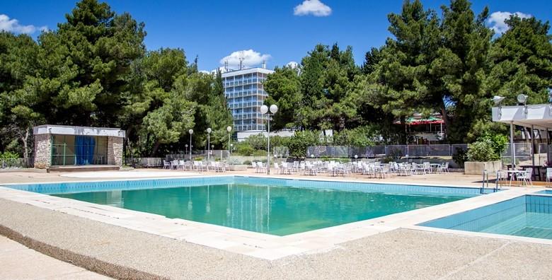 Vodice*** - 3 dana s polupansionom za dvoje i bazeni - slika 10