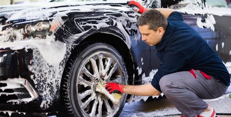 Vanjsko pranje vozila uz premaz voskom