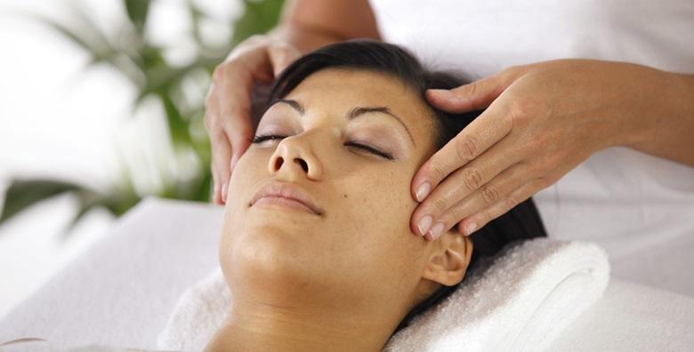 Čišćenje lica uz masažu glave i lica