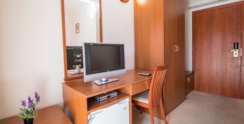 Biograd na Moru - odmor za dvoje u Hotelu Palma*** - slika 9