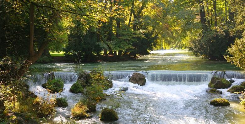 [MREŽNICA] 3 dana najma kuće Royal House**** za 2 do 6 osoba - opustite se u okružju netaknute prirode tik do rijeke za 1.575 kn!