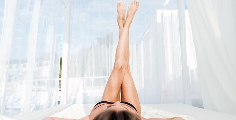Depilacija cijelih nogu i bikini zone ili brazilke - tretman voskom ili šećernom pastom