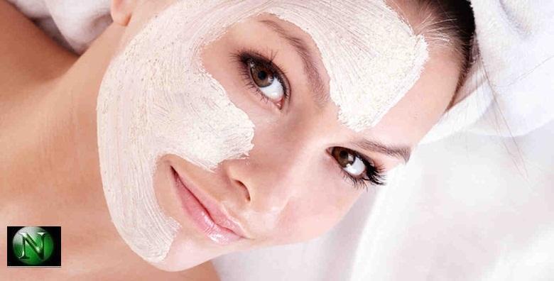 Čišćenje lica uz korekciju obrva i depilaciju nausnica u centru grada u Kozmetičkom salonu Natalija za 99kn!