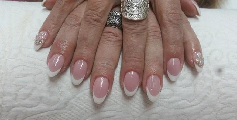 Ugradnja noktiju - gel, šablone ili tipse po izboru - slika 4