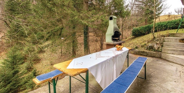 Gorski Kotar - 3 dana u autohtonoj drvenoj kući*** - slika 12