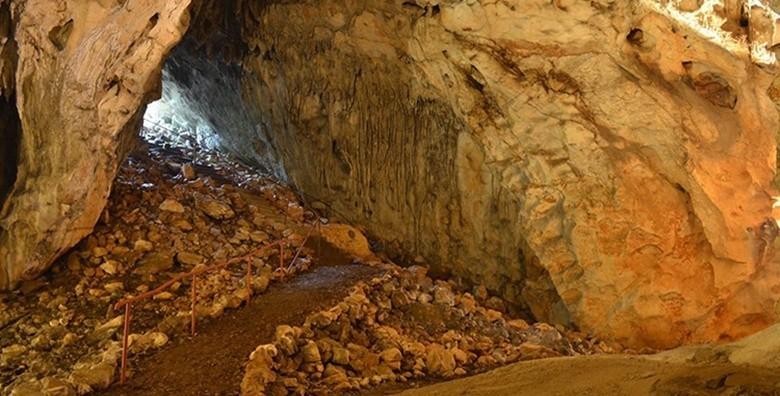 Velebit i špilja Samograd - izlet s prijevozom - slika 6