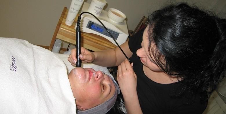 Paket uljepšavanja - depilacija, manikura, pedikura, obrve - slika 2