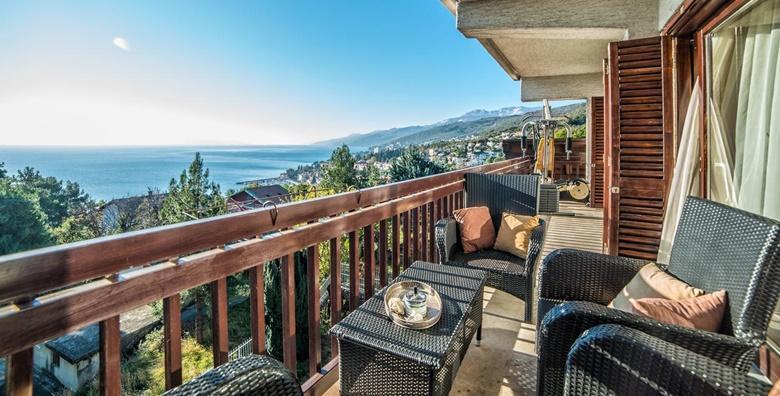[OPATIJA] Isplanirajte odmor u prekrasnoj kraljici Kvarnera - 2 dana s doručkom za 2 do 5 osoba u sobi ili apartmanu Ville Lana*** od 309 kn!