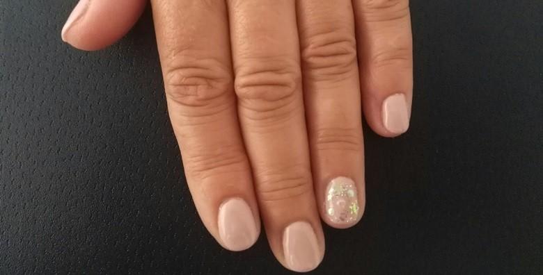 Geliranje ili ugradnja noktiju - slika 2