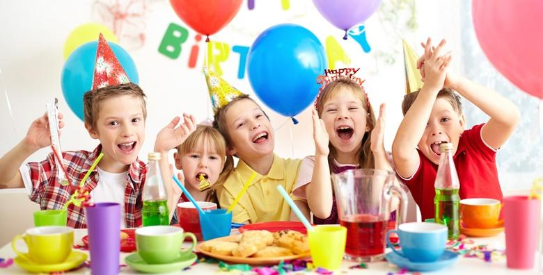 [DJEČJI DISCO ROĐENDAN] 2,5h zabave za 15 djece uz animatore, uključene grickalice, sokove, tortu i pizzu, profesionalne fotografije i karaoke