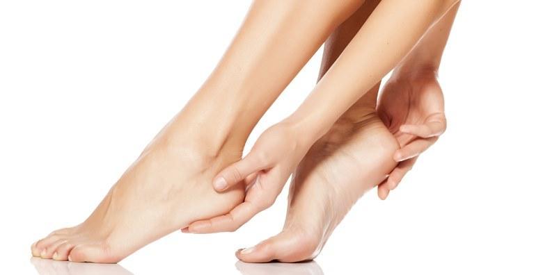 Uklanjanje gljivica s noktiju - 3 tretmana laserom za POTPUNO uklanjanje s obje ruke ili obje noge za samo 399 kn!