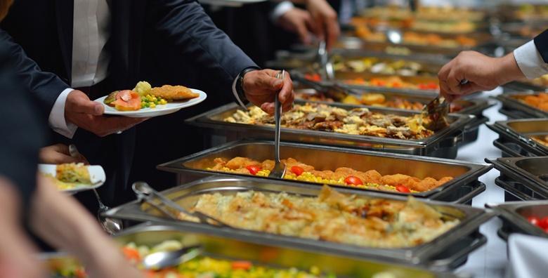 [ŠVEDSKI STOL] Nedjeljom odmorite od kuhanja i počastite se ukusnim ručkom u restoranu Zagi u Oroslavju, nedaleko od Zagreba za samo 55 kn!